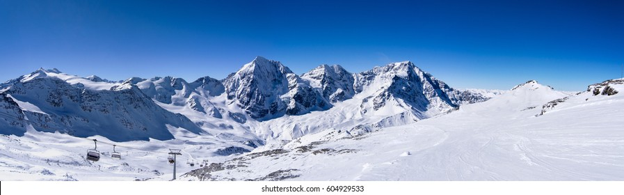 Winter panorama moutain view, ski ressort Solda, Italy