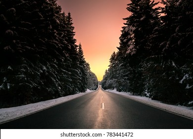 WINTER ROAD SUNSET