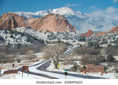 Winter Scene at the Garden of the Gods 2018
