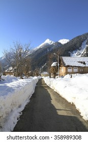 The winter scene in the village of ARU, in the Lidder valley of Kashmir near Pahalgam. Aru is a popular base camp for treks to the Kolahoi Glacier trekking.