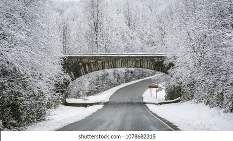 Winter Snow at Holloway Mountain Road entrance for Blue Ridge Parkway, North Carolina