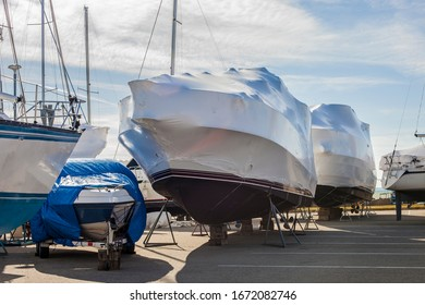 winter storage of boats and yachts in a yacht club. Special technologies to protect boats from damage.