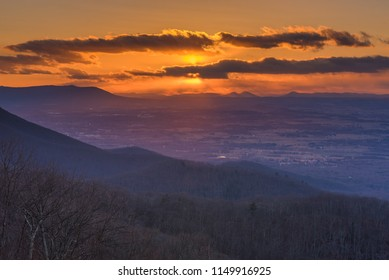 A winter sunset from Skyline Drive in Shenandoah National Park, Virginia