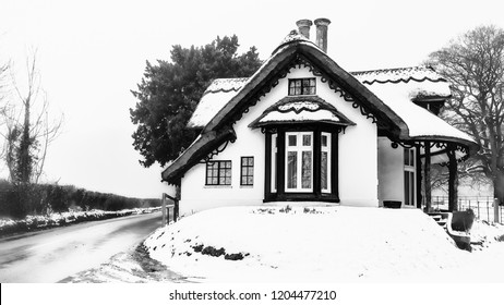 winter thatched house