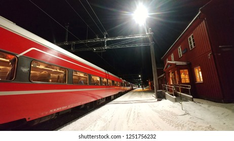 winter trainstation in the night
