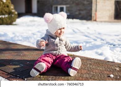 Winter walking of baby
