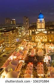winterzauber christmas market on gendarmenmarkt berlin germany