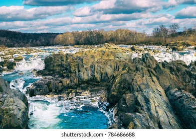 A wintry day at Great Falls park
