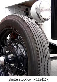 Wire wheel on 1931 antique car