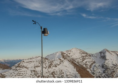 wireless digital meteorological station located in the high mountains