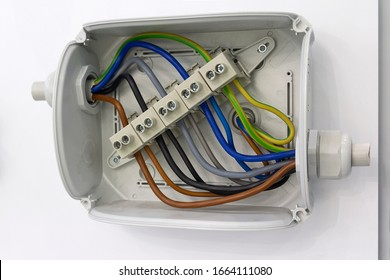 Wires and clam terminals to open the electrical distribution box. Industry