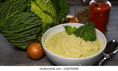Wirsingpuree cabbage puree