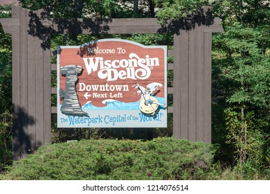 Wisconsin Dells, Wi - 4 October 2018 - A sign stating Welcome to Wisconsin Dells, The Waterpark Capital of the World.