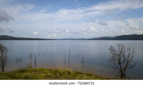 Wivenhoe Dam Images, Stock Photos & Vectors | Shutterstock