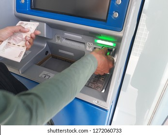 wiyhdraw money from ATMs