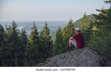 Woke up early last weekend and hiked the Munro Lake trail in Coquitlam . Took this selfie at the lookout part way up the trail.