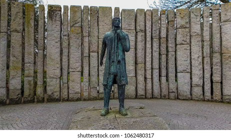 Wolfe Tone Statue at the Entrance of Saint Stephens Green in Dublin