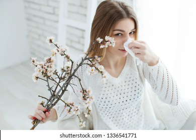 Woman and Allergies