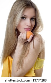 woman with apricot
