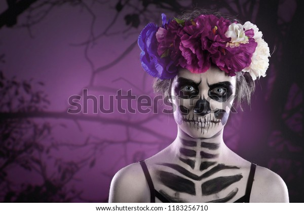Woman Art Make Scary Skull Makeup Stock Photo Edit Now 1183256710
