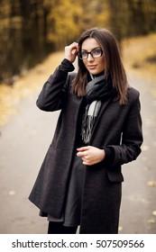 woman beauty autumn fashion