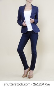 woman in blue blazer, blue blazer, blue suit, business woman