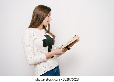 The woman with the book