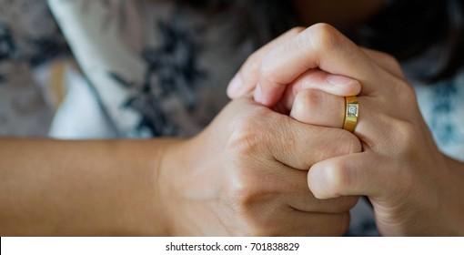 woman broken heart with ring / feel sad