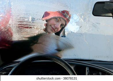 woman, car, winter