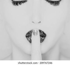 woman with cclosed eyes abstract black and white