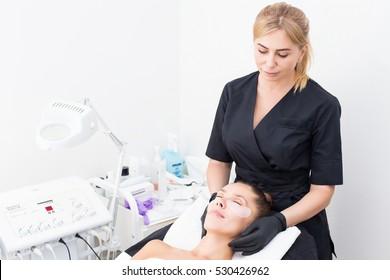 woman cosmetology procedure