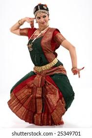woman doing dancing posture