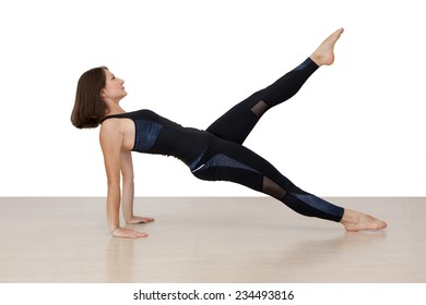 woman doing pilates  on the floor