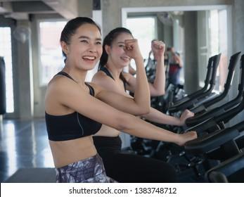 woman exercising their legs doing cardio training