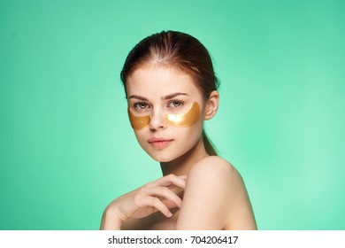 Woman eye care, gold patches