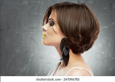d098269551f woman face. bob haircut. profile view. beauty face . short hair dress.