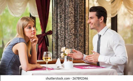 Woman is getting bored on first date