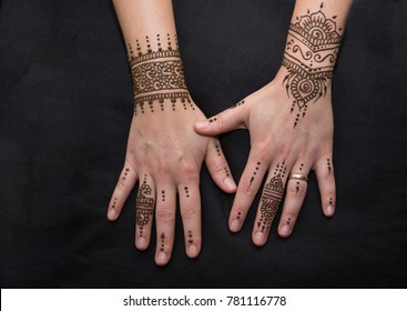 500 Henna Hands Pictures Royalty Free Images Stock Photos And