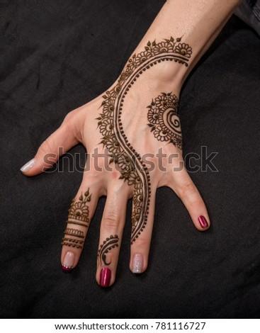 Woman Hand Black Cute Henna Mehendi Stock Photo Edit Now 781116727
