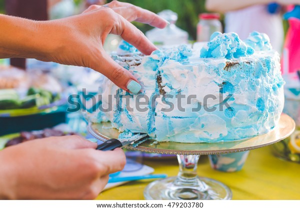 Brilliant Woman Hands Take Peace Birthday Cake Stock Photo Edit Now 479203780 Personalised Birthday Cards Cominlily Jamesorg