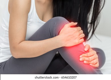 woman have a shin pain