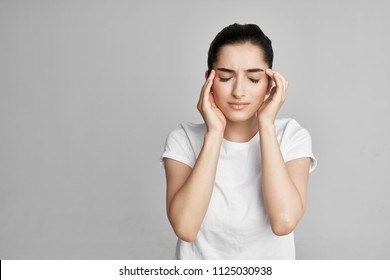 woman headaches treatment
