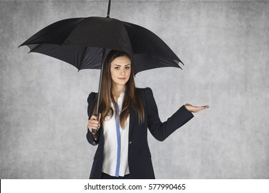 woman from insurance company