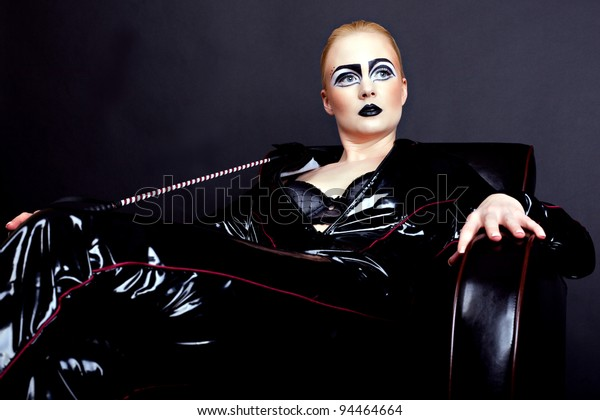 domina woman