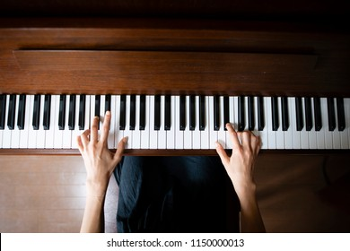 Woman to play the piano