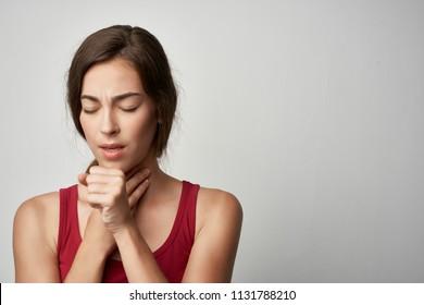 woman sick coughs sore throat sore throat