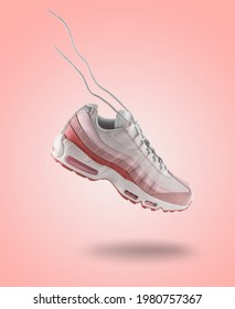 Woman Sneaker on light pink gradiënt background, woman fashion, sport shoe concept, floating idea, Nike air max 95, product photography, trendy shoes, adidas, puma, veya, levitation concept