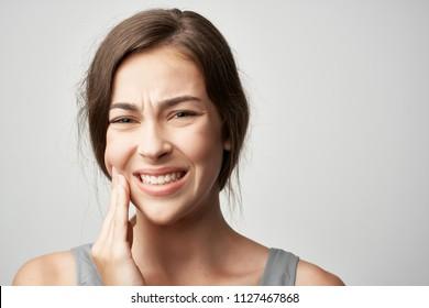 woman teeth hurt tooth decay