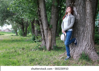 woman in tree park outdoor