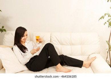 The woman who is relaxed with beer